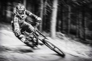 1. miesto Sport - Michal Kravec - Downhill