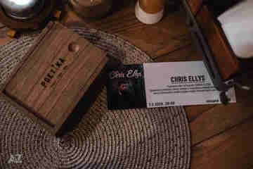 Chris Ellys v Poetike