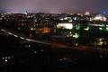 Vypnuté svetlá v meste