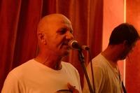 Igor Drotár ako ho väčšina znás nepozná: v roli speváka...