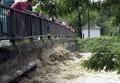 Na archívnej snímke rozvodnená Torysa v meste Sabinov (foto: TASR)